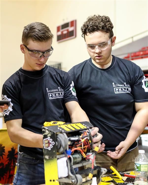 High Schoolers and Middle Schoolers Compete at TSA TEAMS Competition